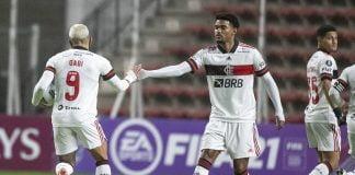 Gabi e Bruno Viana no Flamengo contra o La Calera, pela Taça Libertadores